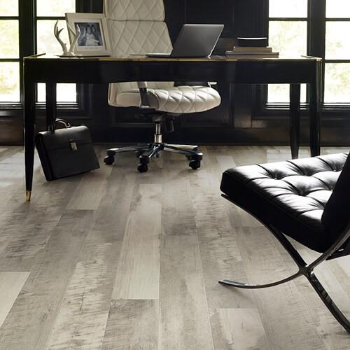 Pier park office laminate flooring   LA Carpet Warehouse, Inc