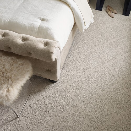 Chateau-Fare-CCS73-00800-Urban-Glamour-Bedroom-Detail-V_500x500-1